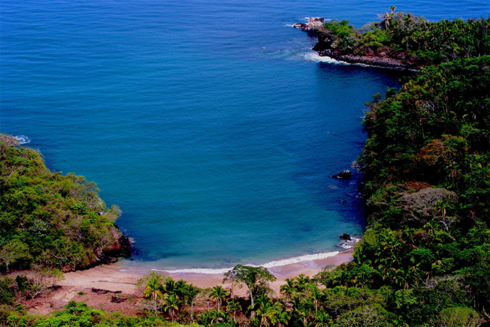 Las Cuevitas - Aerial view of the beach 2